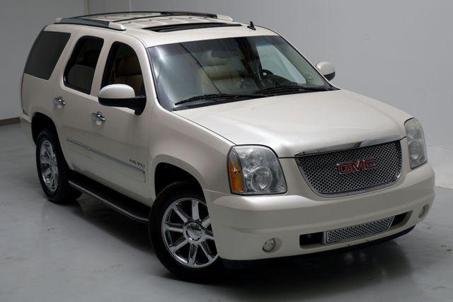 "2010 GMC Yukon Denali All Wheel Drive Navigation 20"" Wheels White in Dallas, Texas 75220"