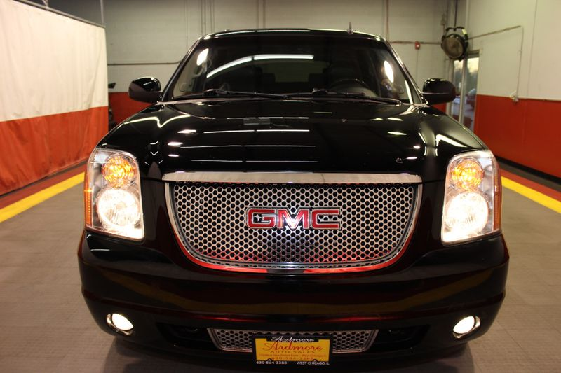 2010 GMC Yukon Denali  city Illinois  Ardmore Auto Sales  in West Chicago, Illinois