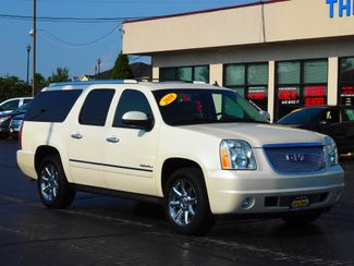 2010 GMC Yukon XL Denali | Champaign, Illinois | The Auto Mall of Champaign in Champaign Illinois