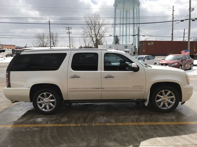 2010 GMC Yukon XL Denali in Medina, OHIO 44256