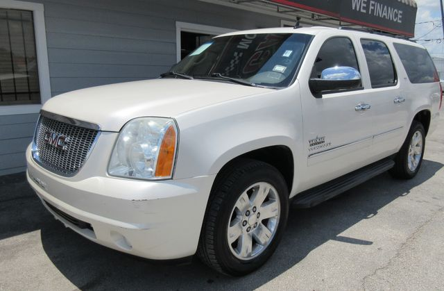 2010 GMC Yukon XL SLT south houston, TX 1