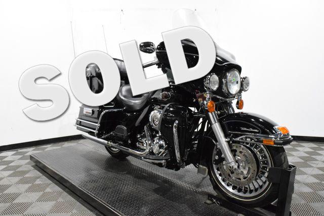 2010 Harley-Davidson FLHTCU - Electra Glide® Ultra Classic®