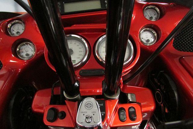 2010 Harley-Davidson Road Glide® Custom Base Arlington, Texas 27