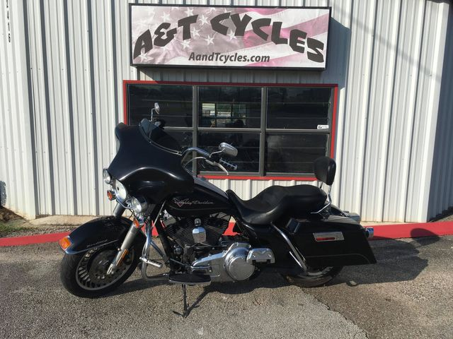 2010 Harley-Davidson Road King FLHR in Tyler, TX 75703