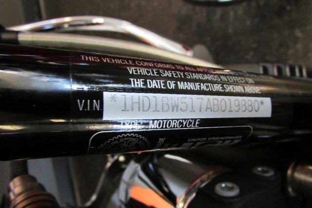 2010 Harley-Davidson Softail® Heritage Softail® Classic Arlington, Texas 19