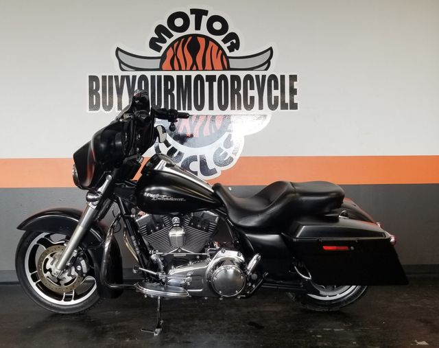 2010 Harley-Davidson Street Glide™ Base in Arlington, Texas 76010