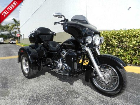 2010 Harley-Davidson Trike Street Glide FLHXXX MANY EXTRAS + **30 DAY COMPLIMENTARY WARRANTY! in Hollywood, Florida