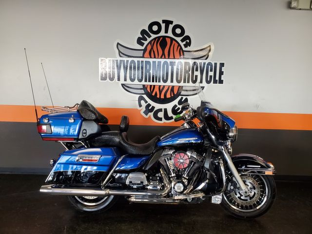 2010 Harley - Davidson ULTRA CLASSIC ELECTRA GLIDE in Fort Worth , Texas 76111