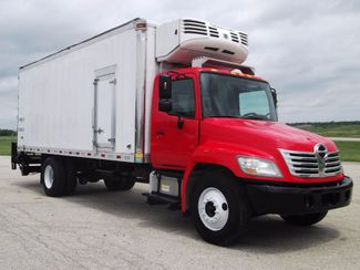 2010 Hino 338 Reefer refrigerator TRUCK 140K MI Lake In The Hills, IL