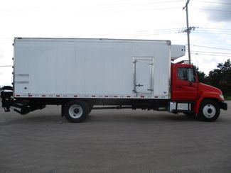 2010 Hino 338 Reefer, 22', Thermo King TS, Liftgate, Auto Lake In The Hills, IL 5