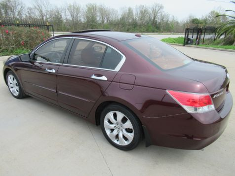 2010 Honda Accord EX-L | Houston, TX | American Auto Centers in Houston, TX