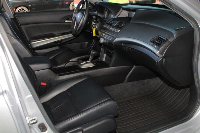2010 Honda Accord EX-L - SUNROOF - HEATED LEATHER - BLUETOOTH! Mooresville , NC 31