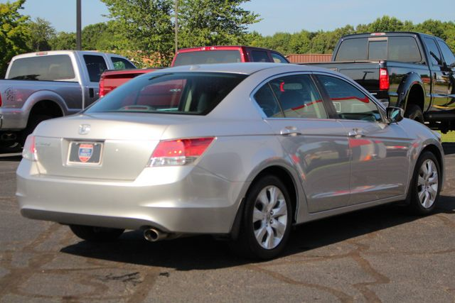 2010 Honda Accord EX-L - SUNROOF - HEATED LEATHER - BLUETOOTH! Mooresville , NC 24