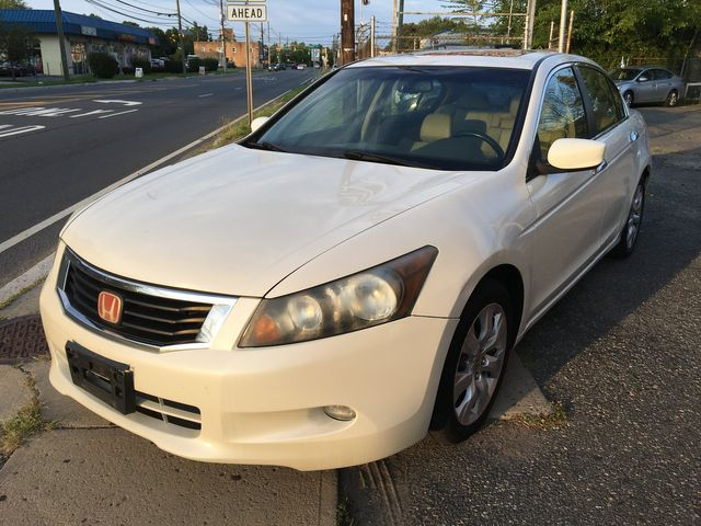 2010 Honda Accord EX-L New Brunswick, New Jersey 1