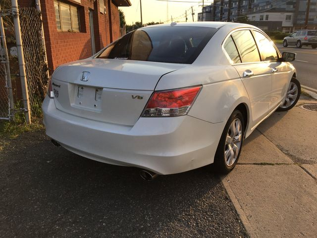 2010 Honda Accord EX-L New Brunswick, New Jersey 3