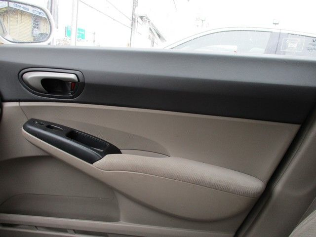 2010 Honda Civic LX Jamaica, New York 16