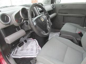 2010 Honda Element LX Gardena, California 4