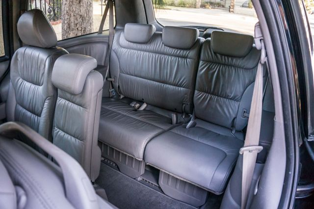 2010 Honda Odyssey Touring Reseda, CA 34