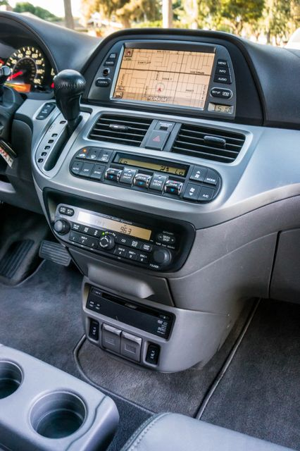 2010 Honda Odyssey Touring Reseda, CA 20