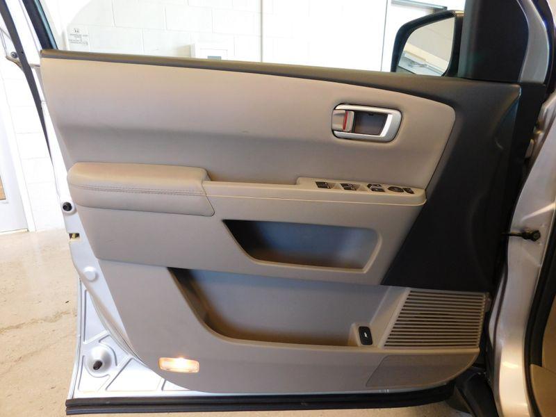 2010 Honda Pilot EX-L  city TN  Doug Justus Auto Center Inc  in Airport Motor Mile ( Metro Knoxville ), TN