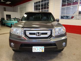 2010 Honda Pilot Ex-L. 3rd ROW, FULLY SERVICED, READY FOR SURE!~ Saint Louis Park, MN 1