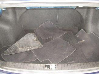 2010 Hyundai Accent 4-Door GLS Gardena, California 11