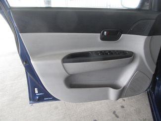 2010 Hyundai Accent 4-Door GLS Gardena, California 9