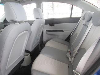 2010 Hyundai Accent 4-Door GLS Gardena, California 10