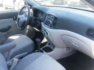 2010 Hyundai Accent 4-Door GLS Los Angeles, CA 3