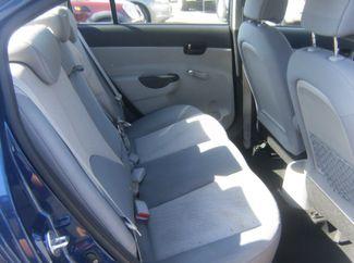 2010 Hyundai Accent 4-Door GLS Los Angeles, CA 7