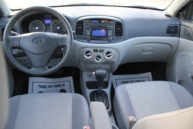 2010 Hyundai Accent 4-Door GLS Santa Clarita, CA 7