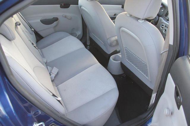 2010 Hyundai Accent 4-Door GLS Santa Clarita, CA 16