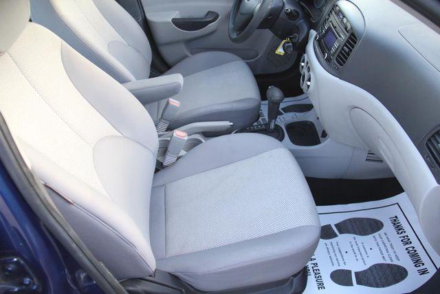 2010 Hyundai Accent 4-Door GLS Santa Clarita, CA 14