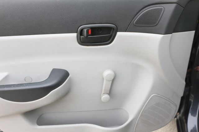 2010 Hyundai Accent 4-Door GLS Santa Clarita, CA 23