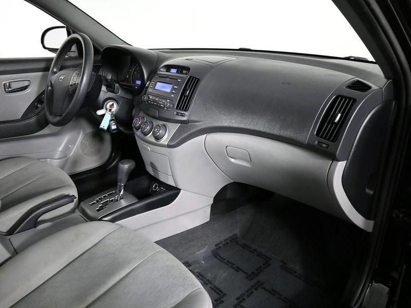 2010 Hyundai Elantra GLS PZEV  city Ohio  North Coast Auto Mall of Cleveland  in Cleveland, Ohio
