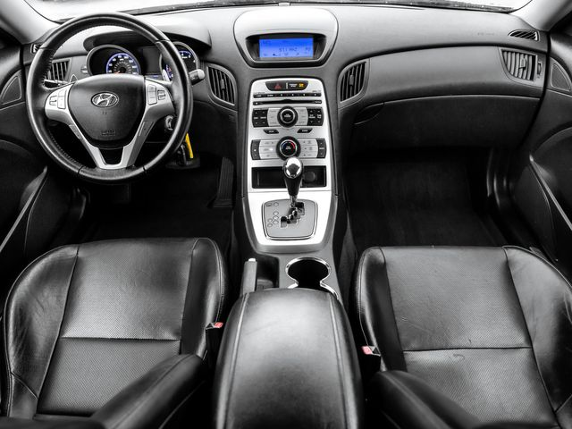 2010 Hyundai Genesis Coupe Burbank, CA 8