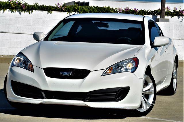 2010 Hyundai Genesis Coupe in Reseda, CA, CA 91335