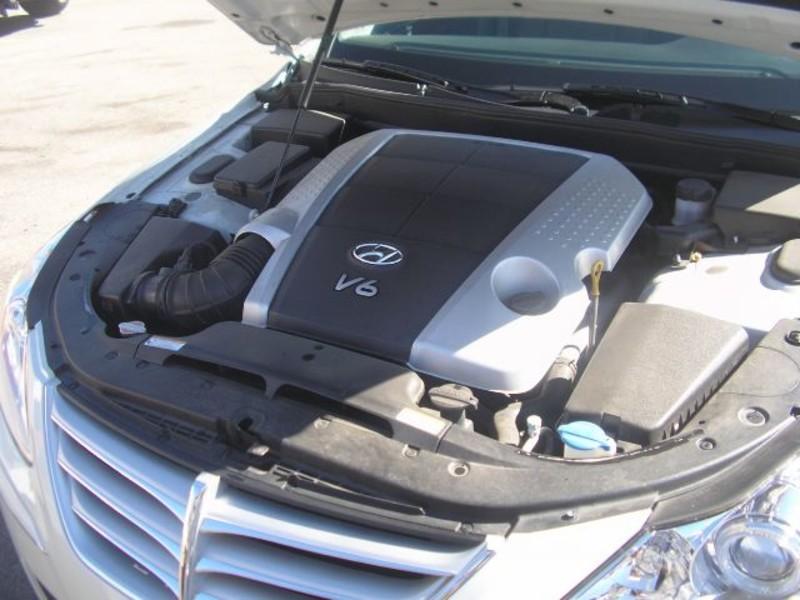 2010 Hyundai Genesis 38L  city MT  Bleskin Motor Company   in Great Falls, MT