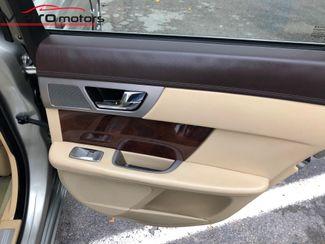 2010 Jaguar XF Premium Luxury Knoxville , Tennessee 56
