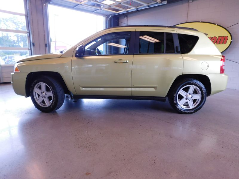 2010 Jeep Compass Sport  city TN  Doug Justus Auto Center Inc  in Airport Motor Mile ( Metro Knoxville ), TN