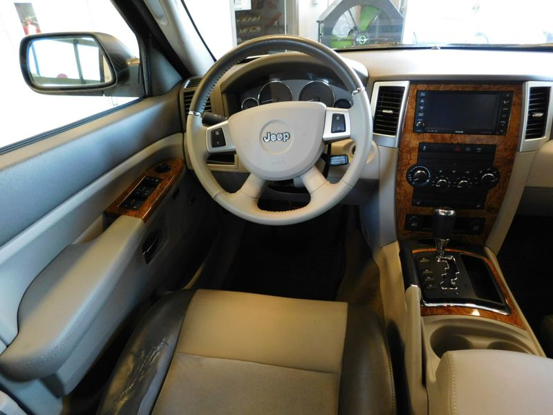 2010 Jeep Grand Cherokee Limited  city TN  Doug Justus Auto Center Inc  in Airport Motor Mile ( Metro Knoxville ), TN