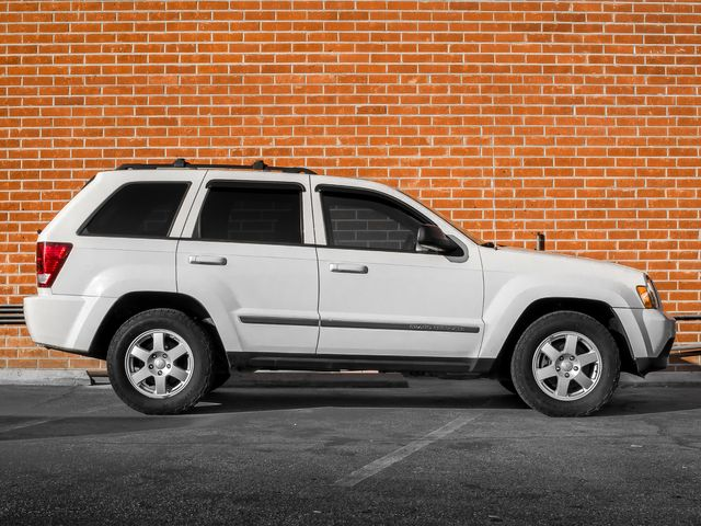 2010 Jeep Grand Cherokee Laredo Burbank, CA 4
