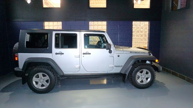 2010 Jeep Wrangler Unlimited Rubicon Bridgeville, Pennsylvania 4