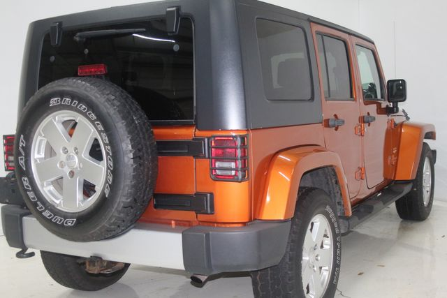 2010 Jeep Wrangler Unlimited Sahara Houston, Texas 7