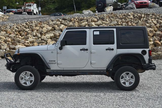 2010 Jeep Wrangler Unlimited Sport Naugatuck, Connecticut 1