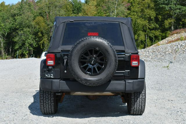 2010 Jeep Wrangler Unlimited Rubicon 4WD Naugatuck, Connecticut 5