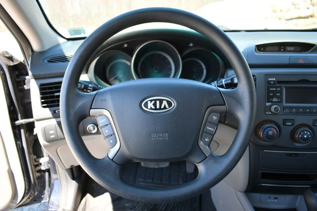 2010 Kia Optima LX Naugatuck, Connecticut 19