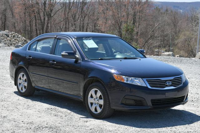 2010 Kia Optima LX Naugatuck, Connecticut 8