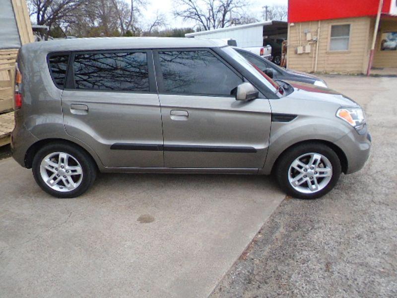 2010 Kia Soul + | Fort Worth, TX | Cornelius Motor Sales in Fort Worth TX