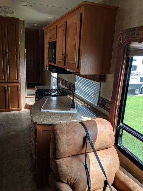 2010 Kz Durango 305SB Mandan, North Dakota 7